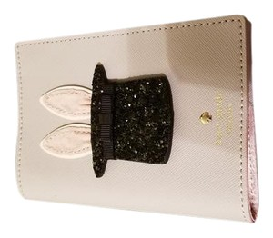 Kate Spade NWT Kate Spade Magic Rabbit Passport Holder Case
