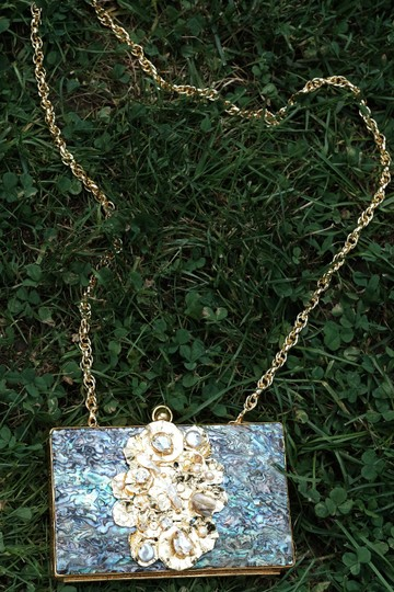 Bellezza Handmade Abalone Shell Crystals Viva Pearls Detachable Strap Blue & Gold Clutch