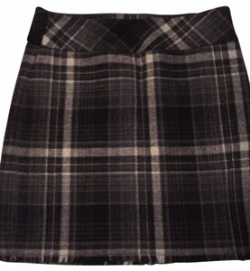 Eddie Bauer Skirt Black and gray plaid.