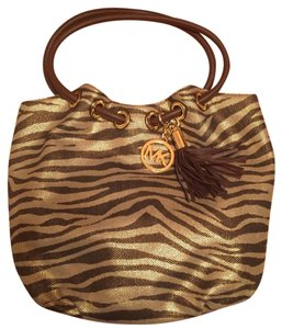 Michael Kors Michael Tote in Brown and gold