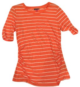 Vince Camuto T Shirt orange and white