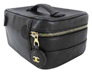 Chanel CC Quilted Vanity Case 215910