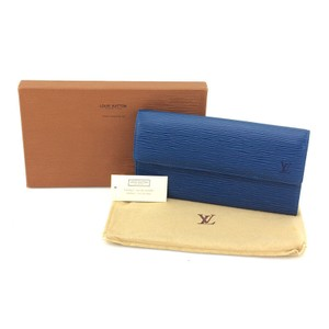 Louis Vuitton Sarah LV EPI Bifold Long Wallet