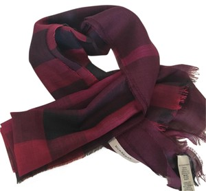 f8121cadc Women's Red Scarves & Wraps - Up to 70% off at Tradesy