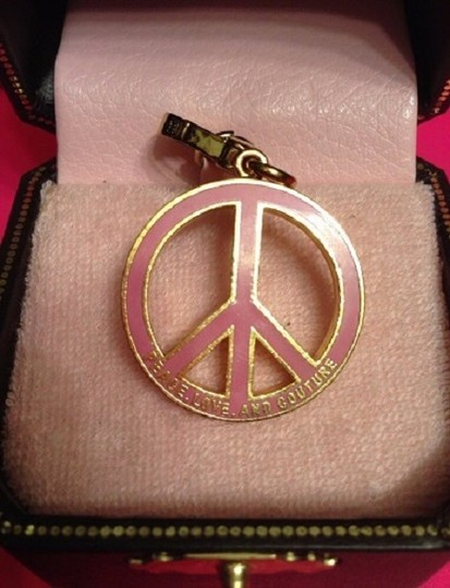 Juicy Couture JUICY COUTURE ADORABLE PAV PEACE SIGN CHARM!! Image 2