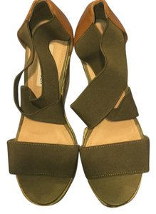 Steve Madden olive, green Wedges
