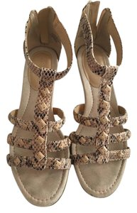 Easy Spirit Tan and black snake skin Sandals
