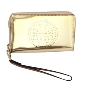 Tory Burch Wristlet in gold