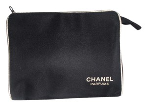 Chanel Beaute Navy Microfiber Cosmetic Case Make-Up Clutch Bag