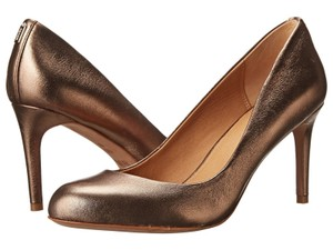 Coach Q6316 Rosey Metallic Bronze Pumps
