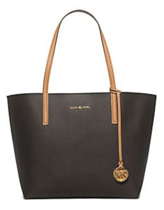 Michael Kors Tote in Brown/Peanut