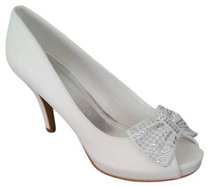 c1a1eceee6 Lasonia Shoes White Nubuk Formal