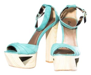 Qupid Sandals Open Toe Adjustable Strap Turquoise Platforms