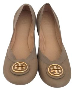 Tory Burch leather. gray. Flats