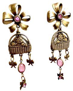 Banana Bob VINTAGE OX GOLD KITTEN IN BASKET PINK CRYSTAL THEME EARRINGS