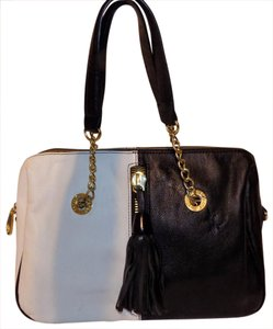 Betsey Johnson Bold Classic Faux Leather Color-blocking Tassels Tote in Black & White