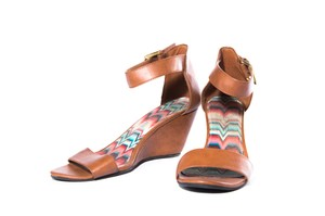 American Eagle Outfitters High Heels Open Toe Brown Sandals