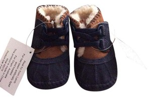 UGG Australia Arly infant Uggs size 1 or 0-6 months