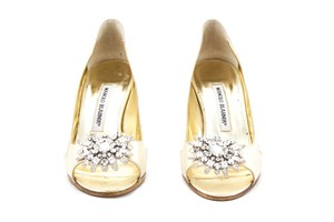 Manolo Blahnik Leather Peep Toe Heels Gold Pumps
