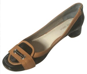 Nine West black / tan Pumps