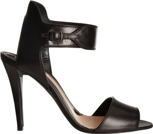 Narciso Rodriguez Elegant Peep Toe Black Sandals