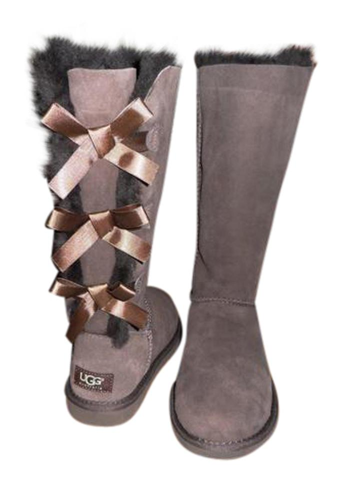 20e6e764735 UGG Australia Brown Bailey Bow Tall Chocolate Boots/Booties Size US 6  Regular (M, B) 15% off retail