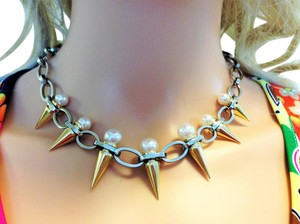Majorica Modern spike pearl necklace