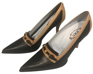 Tod's Black and Tan Pumps