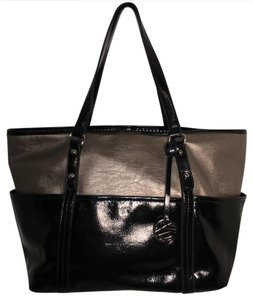 Style & Co & Tote in Black / bronze