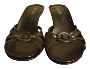 Kenneth Cole Reaction Black Leather Sandals