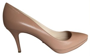Prada Pointed Toe nude Pumps