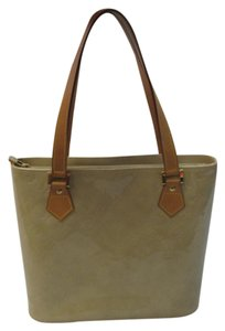Louis Vuitton Vernis Leather Houston Tote in Beige