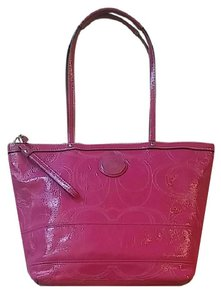 Coach Patent Leather Pink Tote in Berry Pink