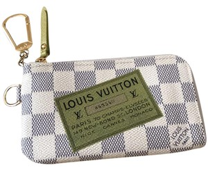 Louis Vuitton zippy wallet pochette