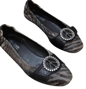 Donald J. Pliner black/grey Flats