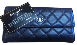 Chanel * Trusted Tradesy Seller * Black Quilted Lambskin Wallet with Card!
