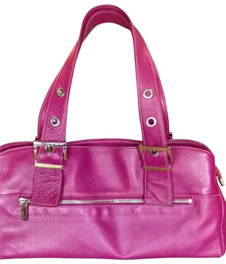 Preload https://img-static.tradesy.com/item/20900/perlina-raspberry-leather-shoulder-bag-0-0-540-540.jpg