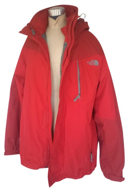 Item - Red Mens Hyvent Activewear Size 20 (Plus 1x)