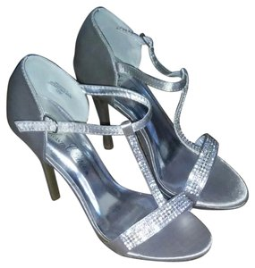 De Blossom Collection Silver Satin Formal