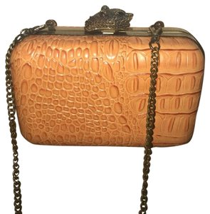 House of Harlow 1960 Leather Formal Detachable Strap Animal Clasp Designer Orange Clutch