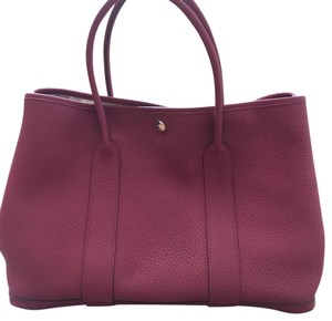 Hermès Tote in as pictured! fuchsia