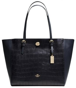 Coach Turnlock True Red Red Tote in Navy