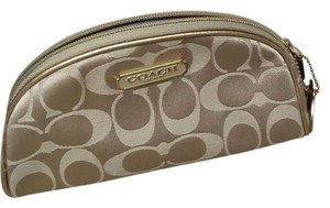 Coach/Estée Lauder cosmetic bag never used still in box limited edition 2010