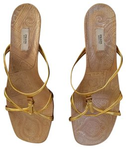 Prada Gold with paisley pattern Sandals