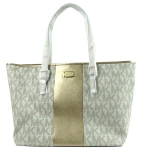 Michael Kors Travel Signature Tote in Vanilla PVC / Gold