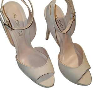 ALDO Neutral Beige. Clean and in great condition. Worn 1 time. Platforms