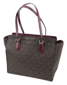 Michael Kors Dee Dee Tote in Brown/plum