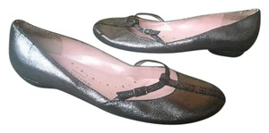 Kenneth Cole Reaction Metallic Pewter Leather Flats