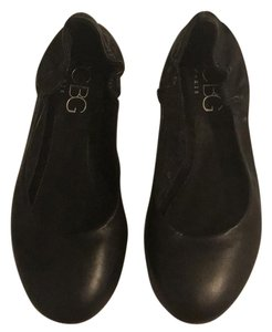 BCBG Paris black Flats