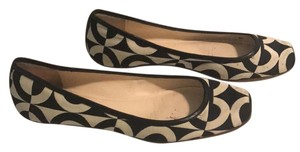 Coach 1941 black and white Flats